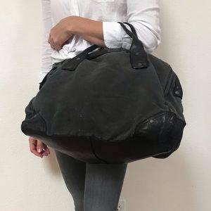 Ugg duffle bag. Brand new never used